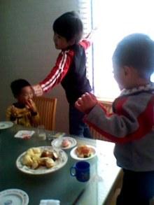 山田スイッチの『言い得て妙』 仕事と育児の荒波に、お母さんはもうどうやって原稿を書いてるのかわからなくなってきました。。。-101124_1132~001.jpg